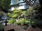 一戸建て for  sales at Asian-Fusion Architectural 13258 Chalon Road  Los Angeles, カリフォルニア 90049 アメリカ合衆国