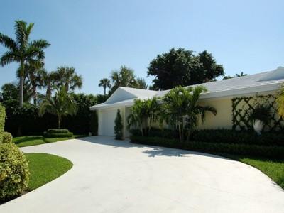 Einfamilienhaus for sales at Onondaga Avenue - Palm Beach 230 Onondaga Ave Palm Beach, Florida 33480 Vereinigte Staaten
