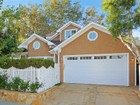 Single Family Home for  sales at Recently Remodeled in Brentwood Glen    Los Angeles, California 90049 United States