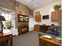 Кооперативная квартира for sales at 731 Greenwich Street - J37 731 Greenwich Street Apt J37   New York, Нью-Мексико 10014 Соединенные Штаты