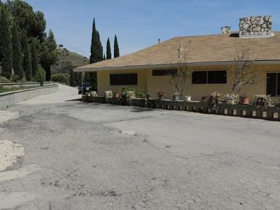 Nhà ở một gia đình for rentals at 21956 Carbon Mesa Rd  Malibu, California 90265 Hoa Kỳ