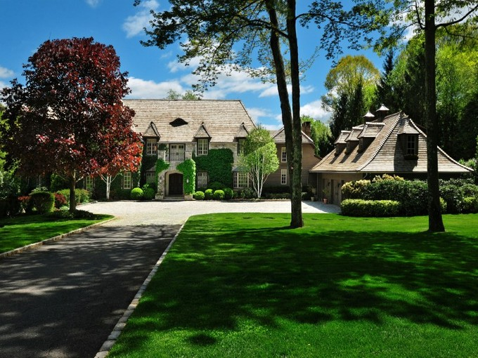 Nhà ở một gia đình for sales at Conyers Farm Lakefront Estate    Greenwich, Connecticut 06831 Hoa Kỳ