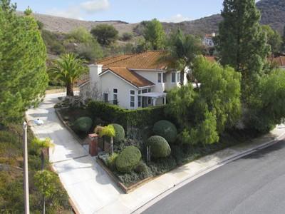 Single Family Home for sales at Unique Cul-de-sac Location 2514 Sandycreek Drive Westlake Village, California 91361 United States