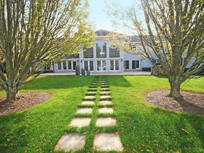 Single Family Home for rentals at Southampton Estate Section    Southampton, New York 11968 United States