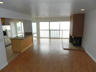 Nhà ở một gia đình for rentals at Malibu Beach Front 19302 Pacific Coast Hwy Malibu, California 90265 Hoa Kỳ