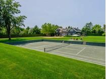 단독 가정 주택 for sales at Stylish First Neck Lane Pool and Tennis 101 First Neck Lane   Southampton, 뉴욕 11968 미국