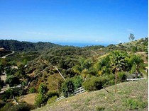 Terreno for sales at Approx. 2.68 Acres with Great Ocean View 2525 Hawks Nest Trail   Topanga, California 90290 Estados Unidos