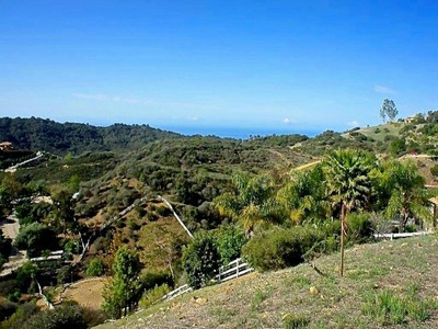Terreno for sales at Approx. 2.68 Acres with Great Ocean View 2525 Hawks Nest Trail Topanga, Califórnia 90290 Estados Unidos