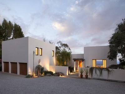 Maison unifamiliale for sales at Contemporary Masterpiece 1522 East Mountain Drive Montecito, Californie 93108 États-Unis