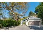 Nhà ở một gia đình for sales at 2530 Park Oak Court  Los Angeles, California 90068 Hoa Kỳ