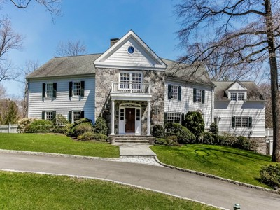 Nhà ở một gia đình for sales at Mid-Country Colonial with Pool 7 Laurel Lane Greenwich, Connecticut 06830 Hoa Kỳ