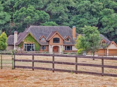 Arazi for sales at Fantastic Home 484 Corral De Tierra Road  Salinas, Kaliforniya 93908 Amerika Birleşik Devletleri