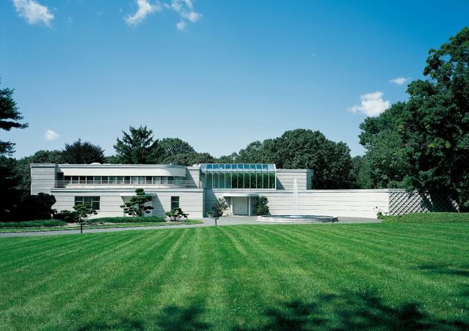 Nhà ở một gia đình for sales at Dramatic International Style  Greenwich, Connecticut 06831 Hoa Kỳ