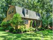 Single Family Home for sales at Attractive Cottage By The Beach    East Hampton, New York 11937 United States