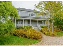 Nhà ở một gia đình for sales at Waterfront in Historic Springs    East Hampton, New York 11937 Hoa Kỳ