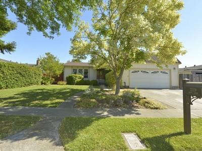 Maison unifamiliale for sales at Brown's Valley Home 3319 Anita Court  Napa, Californie 94558 États-Unis