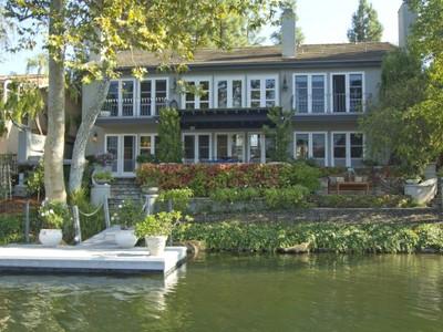 一戸建て for sales at Exquisite Custom Lakefront 3705 Capstan Circle Westlake Village, カリフォルニア 91361 アメリカ合衆国