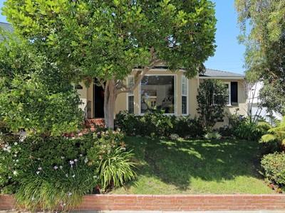 独户住宅 for sales at Charming Traditional in Brentwood Glen   Los Angeles, 加利福尼亚州 90049 美国