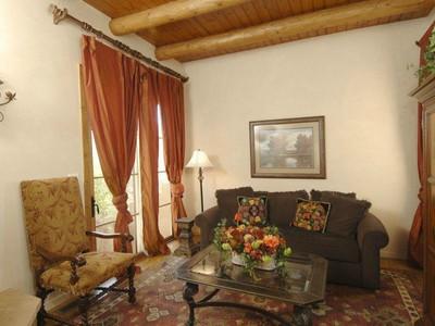 Condominio for sales at 604 Sunset Street C 604 Sunset St Apt C  Santa Fe, Nuevo Mexico 87501 Estados Unidos