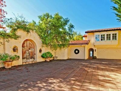 Casa para uma família for sales at Charming Spanish Style View Home 25597 Tierra Grande Drive Carmel Valley, Califórnia 93924 Estados Unidos