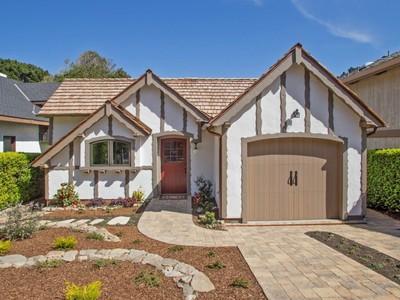 Vivienda unifamiliar for sales at A Whimsical Storybook Cottage 26271 Isabella Avenue Carmel, California 93923 Estados Unidos