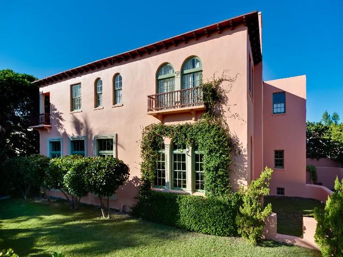 Частный односемейный дом for sales at Mizner On Dunbar   Mid Town, Palm Beach, Флорида 33480 Соединенные Штаты