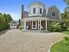 Single Family Home for  rentals at Perfect Village Rental Close to  Southampton, New York 11968 United States