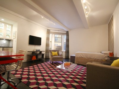 Mietervereinswohnung for sales at 24 Fifth Avenue 24 Fifth Avenue Apt 1122   New York, New York 10011 Vereinigte Staaten