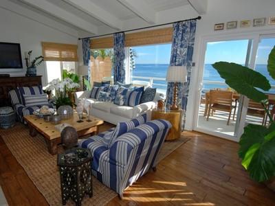 Nhà ở một gia đình for rentals at 31658 Broad Beach Road  Malibu, California 90265 Hoa Kỳ