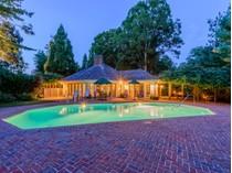 獨棟家庭住宅 for sales at Beautiful House,Private Georgica    East Hampton, 紐約州 11937 美國