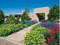 for sales at Penasco Circle    Santa Fe, New Mexico 87506 Hoa Kỳ