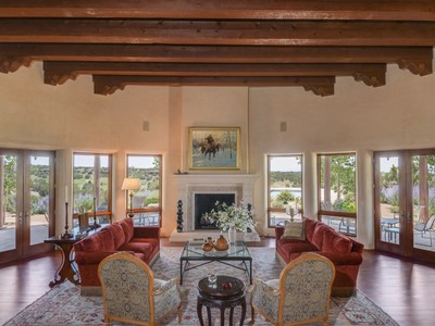 for sales at 141 Wildhorse   Santa Fe, New Mexico 87506 États-Unis