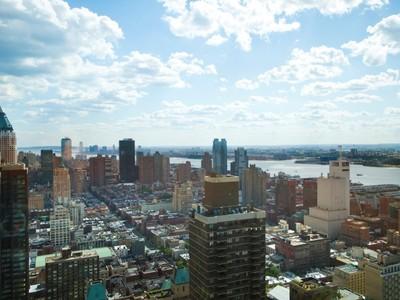 Appartement en copropriété for sales at 25 Columbus Circle Unit 65E  New York, New York 10023 États-Unis