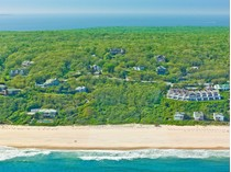 Terrain for sales at Three Oceanfront Acres of Land 260 And 254 Old Montauk Hwy   Montauk, New York 11954 États-Unis