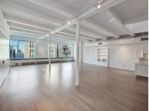 Кооперативная квартира for sales at 481 Greenwich Street 481 Greenwich Street Apt Phb   New York, Нью-Мексико 10013 Соединенные Штаты