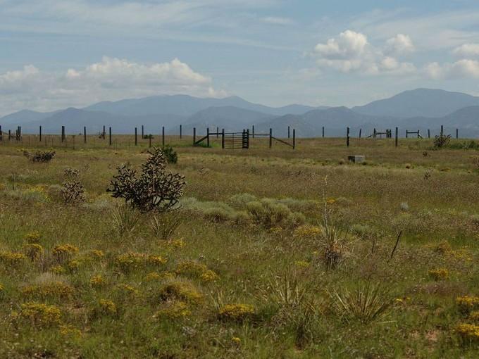 农场 / 牧场 / 种植园 for sales at 61 C Pinon North  Santa Fe, 新墨西哥州 87508 美国