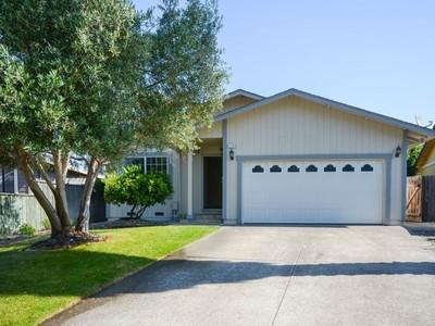 独户住宅 for sales at Single Story 7733 Montero Dr Rohnert Park, 加利福尼亚州 94928 美国