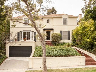 Einfamilienhaus for sales at Classic Little Holmby Traditional 737 Westholme Avenue Los Angeles, Kalifornien 90049 Vereinigte Staaten