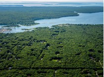 Land for sales at Outstanding Land Opportunity    East Hampton, New York 11937 United States