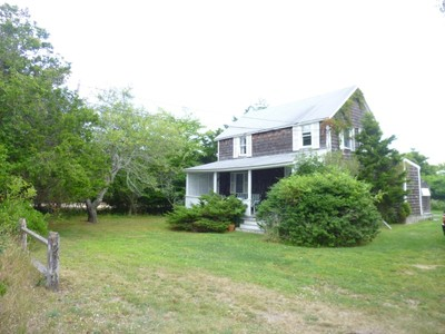 Villa for sales at Beach Compound with Bates Masi  Amagansett, New York 11930 Stati Uniti