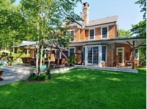 Einfamilienhaus for sales at 9+/- Private Acres 112 Northwest  Path   Sagaponack, New York 11962 Vereinigte Staaten