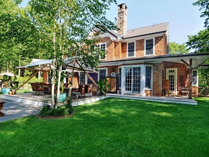 Villa for sales at 9+/- Private Acres 112 Northwest  Path  Sagaponack, New York 11962 Stati Uniti