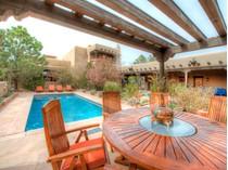 Nhà ở một gia đình for sales at 12 Avenida De Rey    Santa Fe, New Mexico 87506 Hoa Kỳ