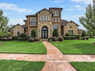 Single Family Home for sales at 901 Timber Creek Ct  Friendswood, Texas 77546 United States
