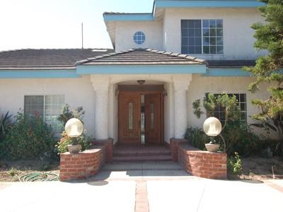 Apartamentos multi-familiares for rentals at Large House for Lease in Arcadia 632 Walnut Avenue  Arcadia, Califórnia 91007 Estados Unidos