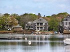 Maison multifamiliale for sales at Eel Pond Waterfront with Dock 24 Millfield Street Falmouth, Massachusetts 02543 États-Unis