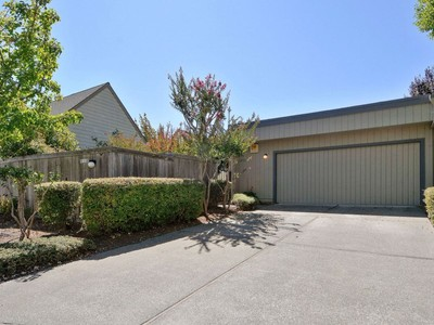 独户住宅 for sales at Lovely, Bright Creekside Home 372 Dahlia Dr  Sonoma, 加利福尼亚州 95476 美国