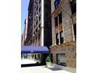 Condomínio for  rentals at Spacious Prewar Rental  New York, Nova York 10021 Estados Unidos