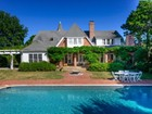 Maison unifamiliale for  sales at Historic Estate with Pool & Tennis 45 Meadowmere Lane  Southampton, New York 11968 États-Unis