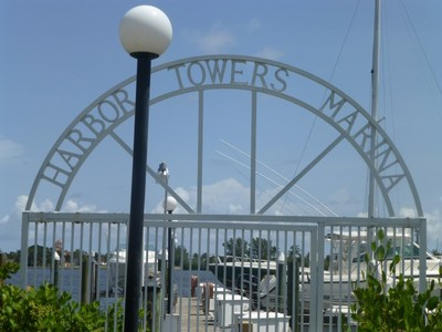 Condominium for sales at Harbor Towers and Marina 3901 S Flagler Dr Apt 103 West Palm Beach, Florida 33405 United States